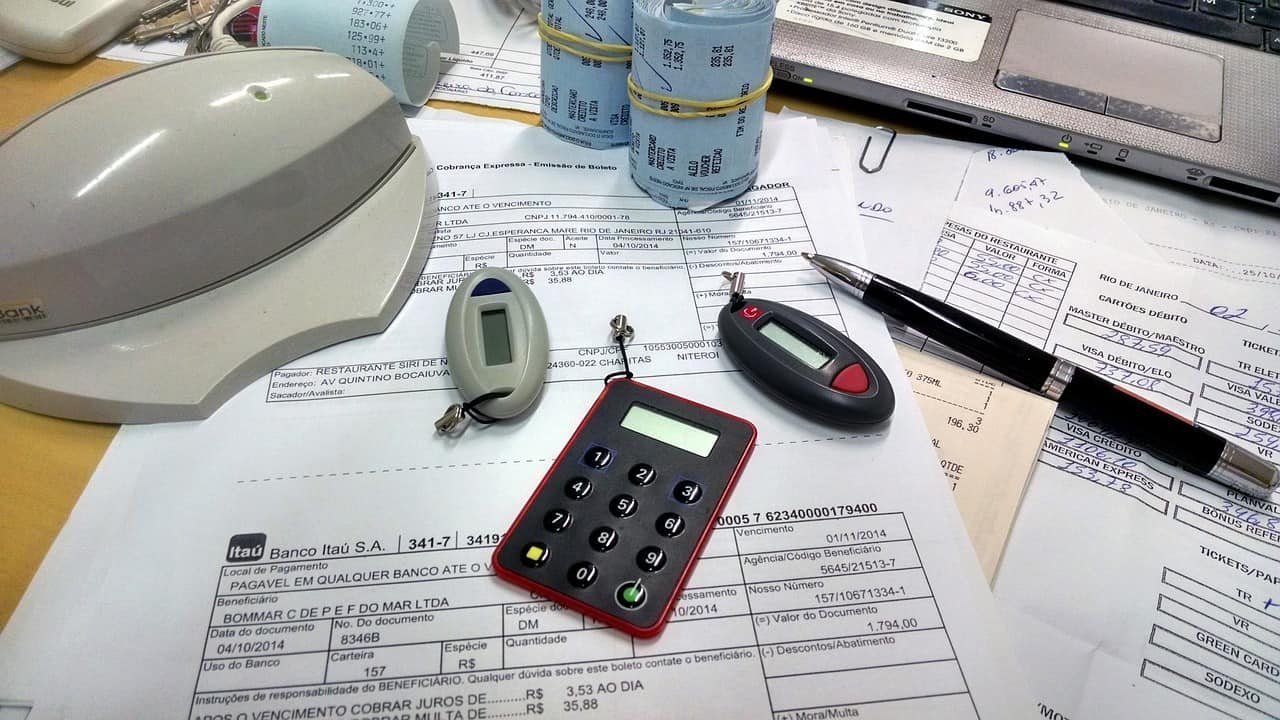 office-515984_1280