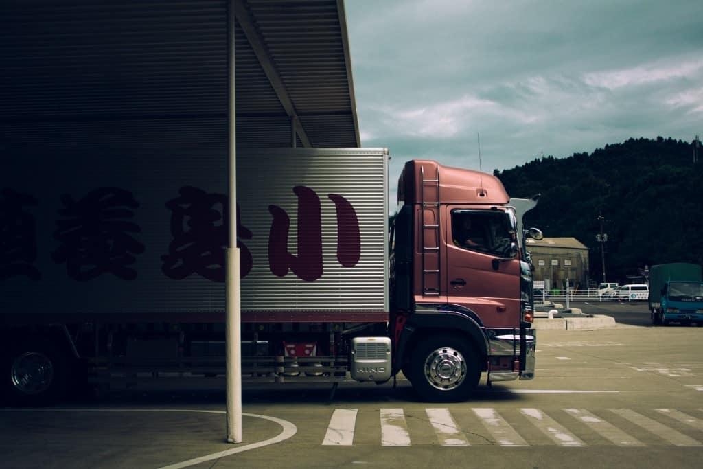 Přeprava strojů a velkých nákladů